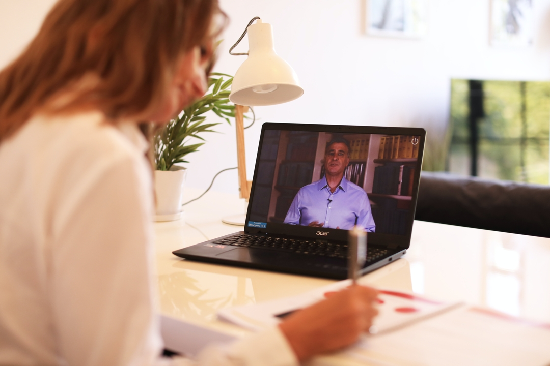 Silver Virtual Presenting Video Course with Personalised Feedback